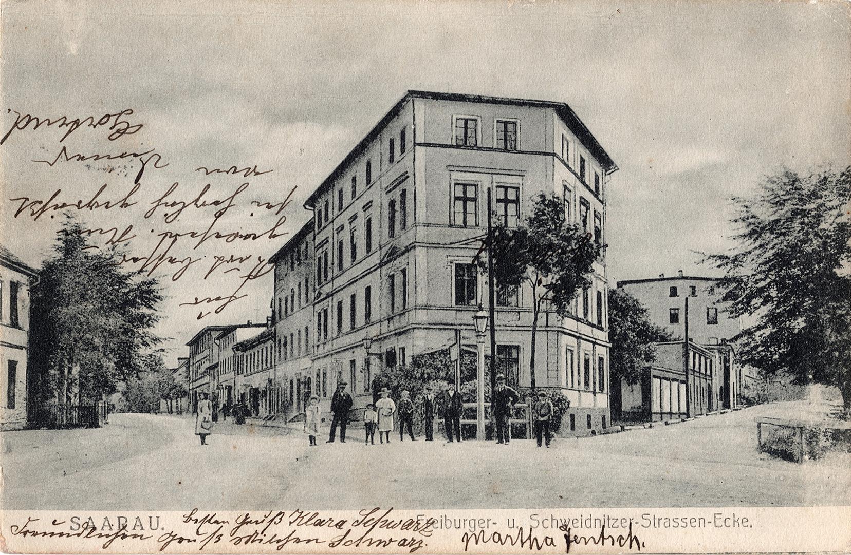 Saarau Freiburger- u. Schweidnitzer-Strassen-Ecke 1908 (1)
